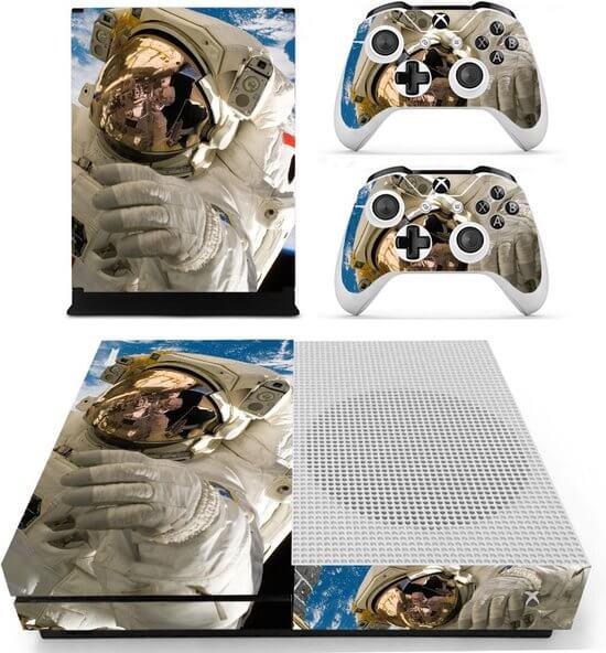 Astronaut Xbox One S skin